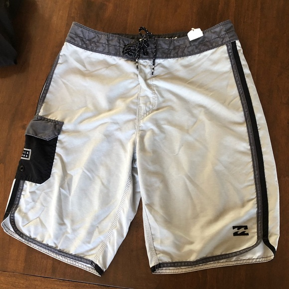 🏄🏻Billabong NWT Board Shorts